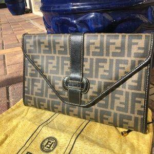 Vintage Authentic FENDI Clutch/Crossbody bag